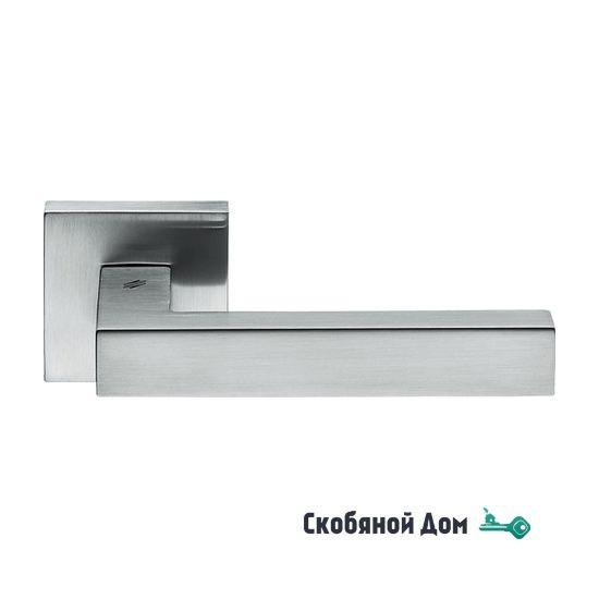 Дверная ручка на квадратном основании COLOMBO Elesse BD 21 RSB матовый хром