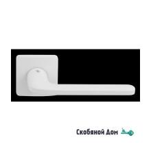 Дверная ручка на квадратном основании COLOMBO Roboquattro S ID 51 RSB белый